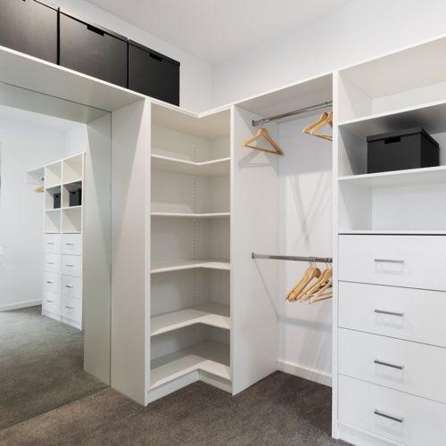 Custom closet | Wacky's Flooring